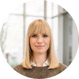 Im Interview erzählt Louisa, die mittlerweile als Fachspezialistin im Controlling arbeitet, was das Trainee-Programm ausmacht und warum sie das Controlling so reizt.